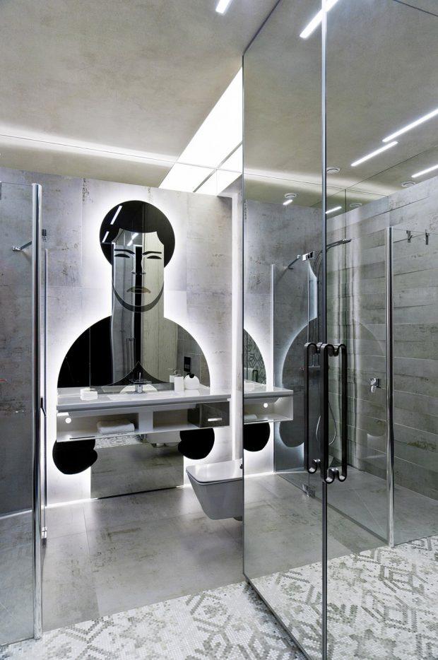 กระจกห้องน้ำตกแต่งรูปนักมวย