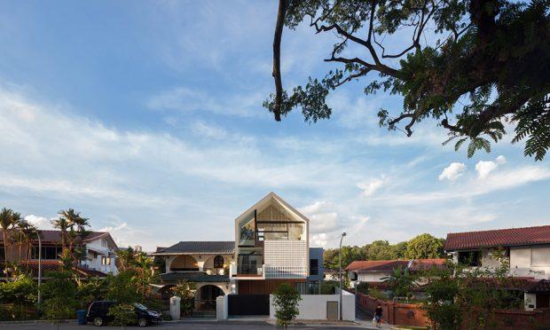 บ้านโมเดิร์นสีขาวในสิงคโปร์