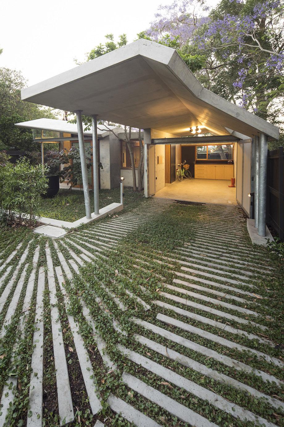 โรงรถเชื่อมต่อบ้านและสวน