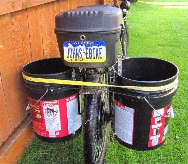 ที่เก็บของติดจักรยานทำจากถังขนาด 5 แกลลอน