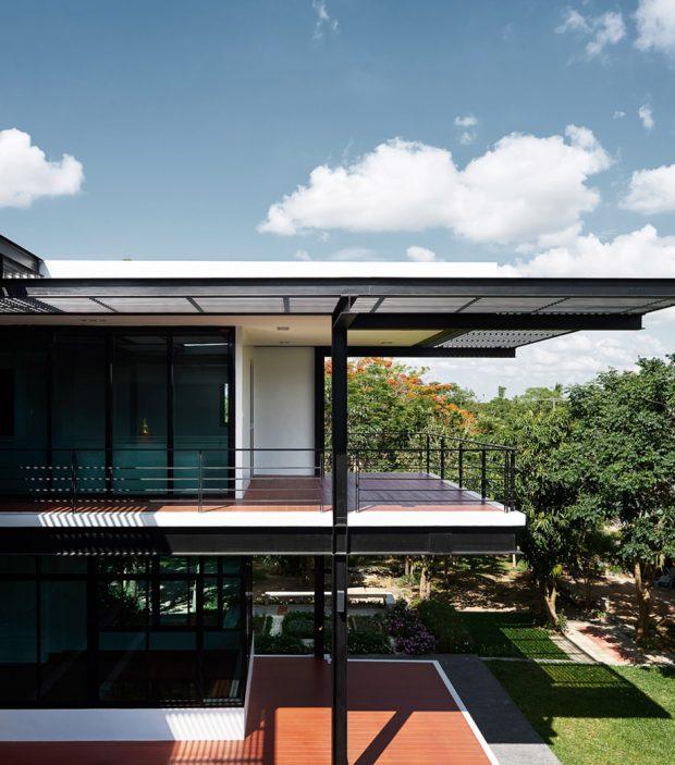 บ้านโครงสร้างเหล็ก เฉียบ คม อารมณ์ Modern