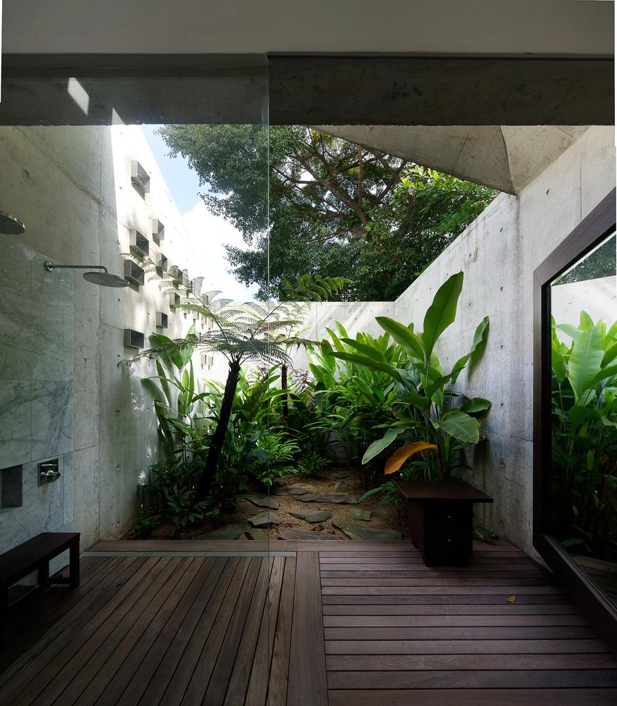 สวนโอเพ่นแอร์ในห้องน้ำ