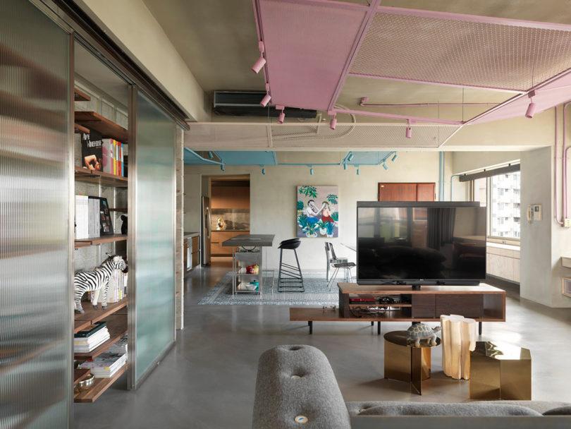 ห้องนั่งเล่นและครัวจัดแบบ open plan