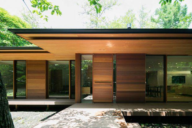 ฝ้าเพดานไม้ ประตูบานไม้