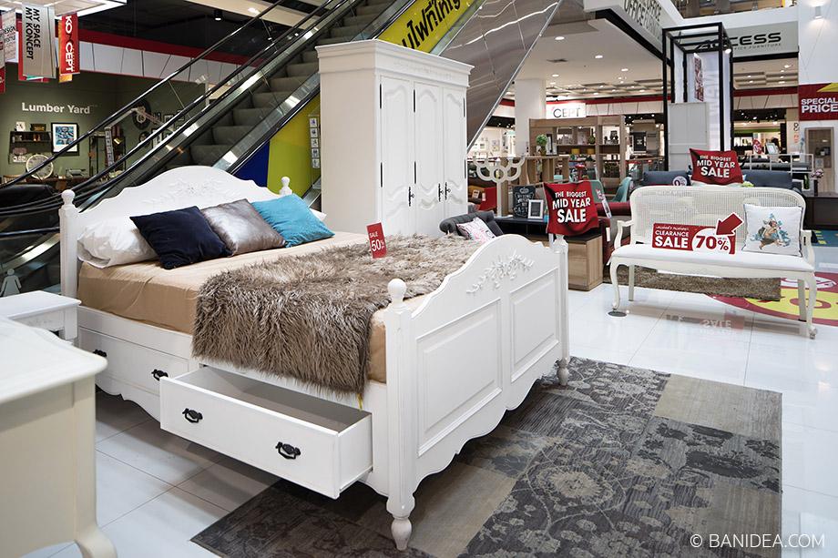 เตียงนอนสไตล์วินเทจ สีขาว