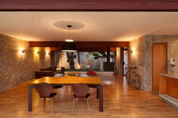 ห้องทานอาหารและห้องนั่งเล่น