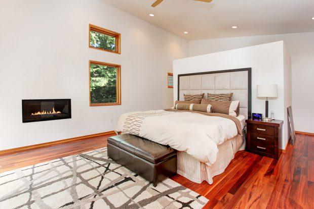 ช่องแสงหลายขนาดในห้องนอน