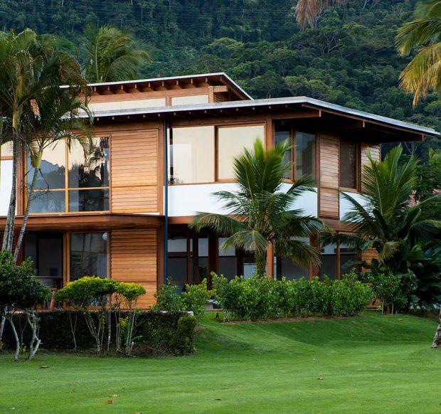 บ้านใต้ถุนสูง Modern Tropical