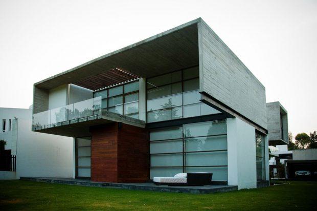 บ้านคอนกรีตผสมไม้และกระจก
