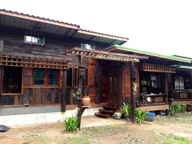 สร้างบ้านจากไม้เก่า