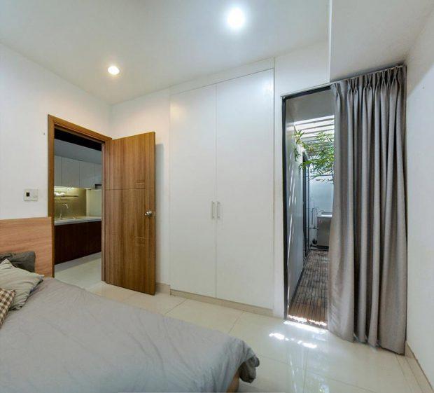 ห้องนอนติดกับสวนเล็ก ๆ