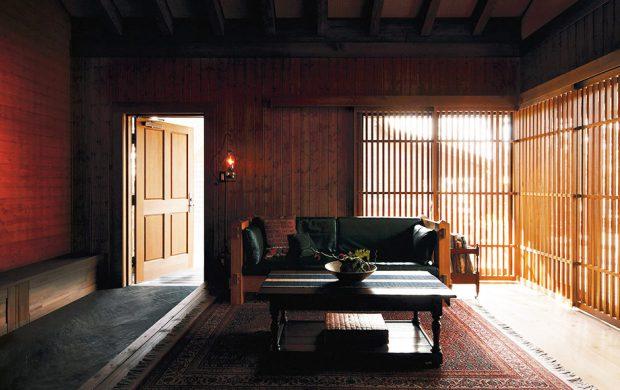 ประตูบานเลื่อนไม้แบบญี่ปุ่น