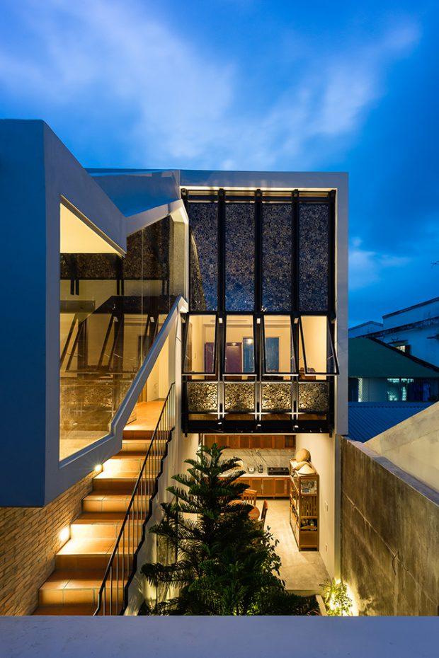 ช่องแสงช่องลมรอบบ้าน