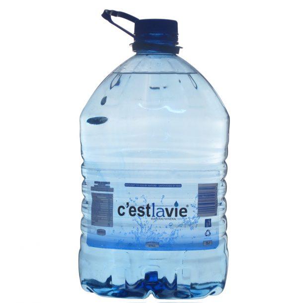 ขวดน้ำ 5 ลิตร