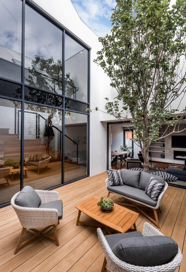สวนกลางแจ้งในบ้าน