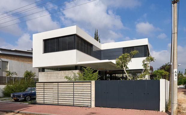 บ้านโมเดิร์นรูปตัว L