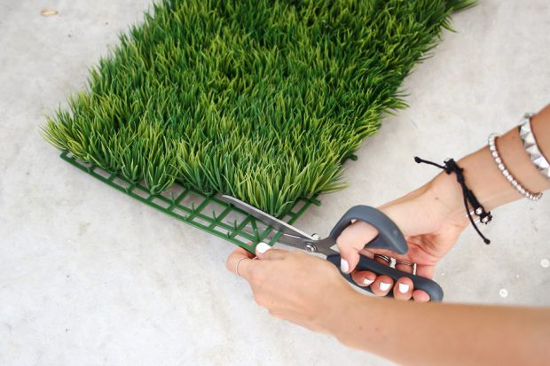 ตัดหญ้าเทียม