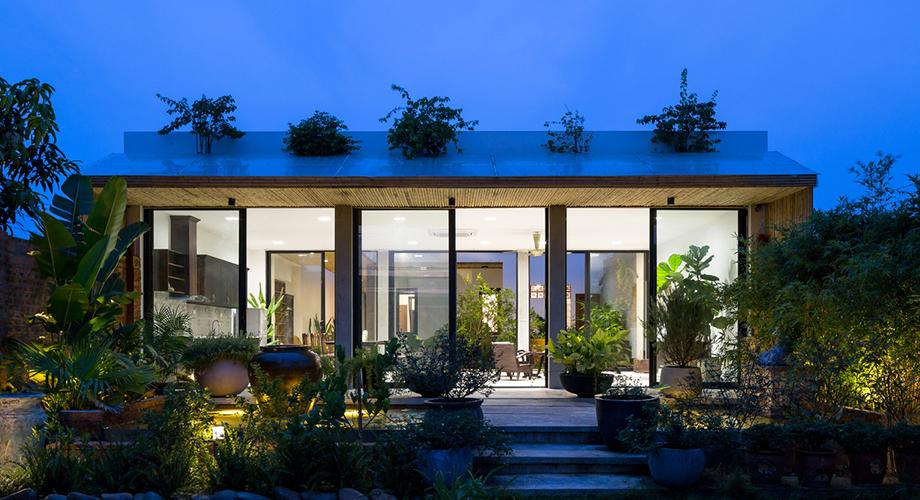 บ้าน modern-tropical มีสวนด้านใน