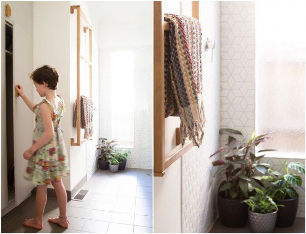 ราวบันไดแขวนเสื้อผ้าในห้องน้ำ