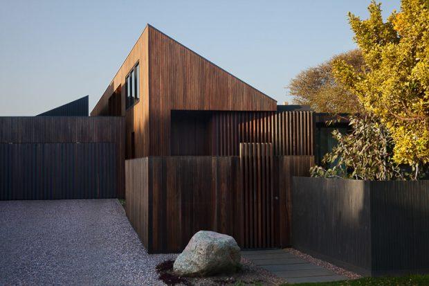 บ้านไม้ร่วมสมัย