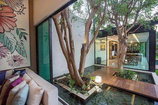 สวนน้ำกลางบ้าน
