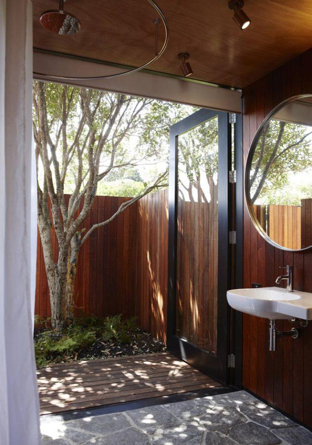 ห้องน้ำเปิดออกสู่ธรรมชาติ