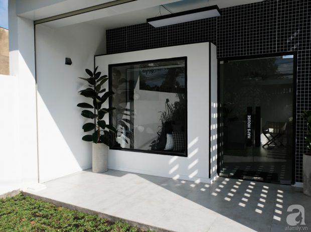 บ้านโมเดิร์นโทนสีขาวดำ