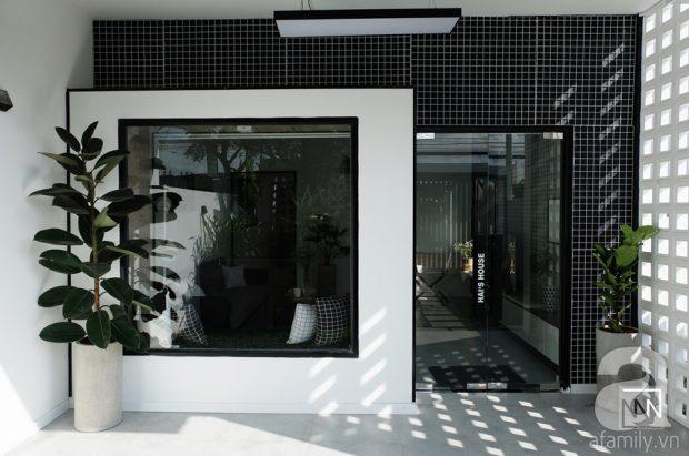 บ้านโมเดิร์นมินิมอลโทนสีขาวดำ