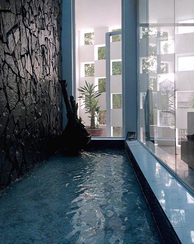 สระน้ำในบ้าน