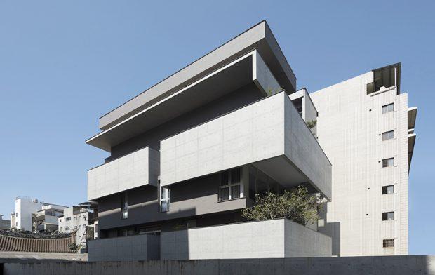 อาคาร Modern ปูนเปลือยเรียบเท่