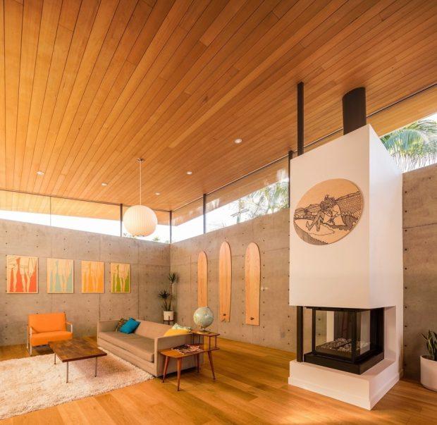 ฝ้าเพดานปิดด้วยไม้