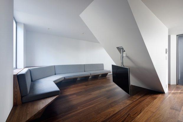 ห้องนั่งเล่นตกแต่งไม้