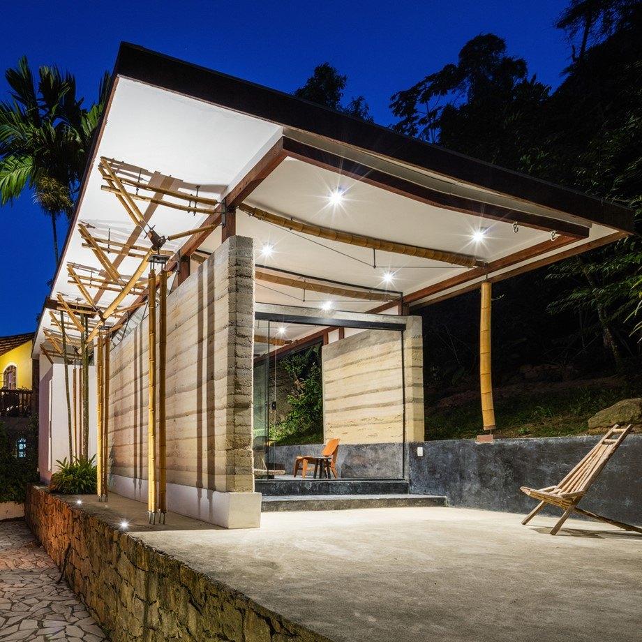 Guesthouse จากวัสดุธรรมชาติ