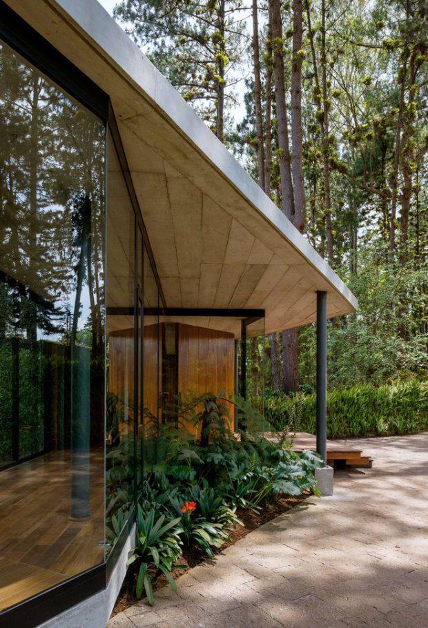 บ้านล้อมสวนและธรรมชาติ