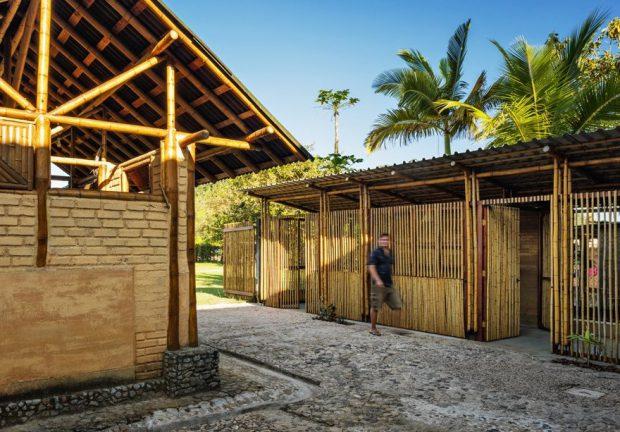 อาคารโครงสร้างไม้ไผ่