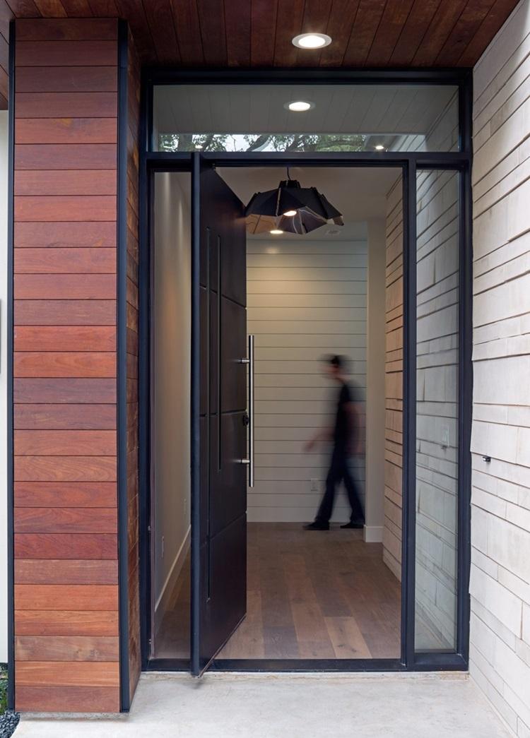 ประตูบานหมุน oversize