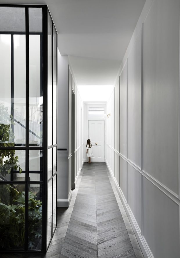 โถงทางเดินในบ้าน