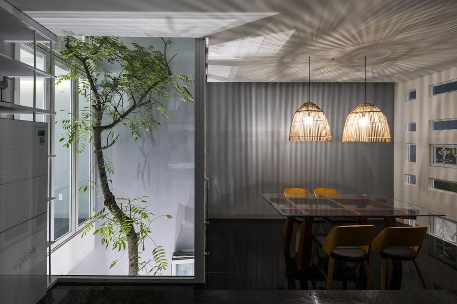ต้นไม้ในอาคาร