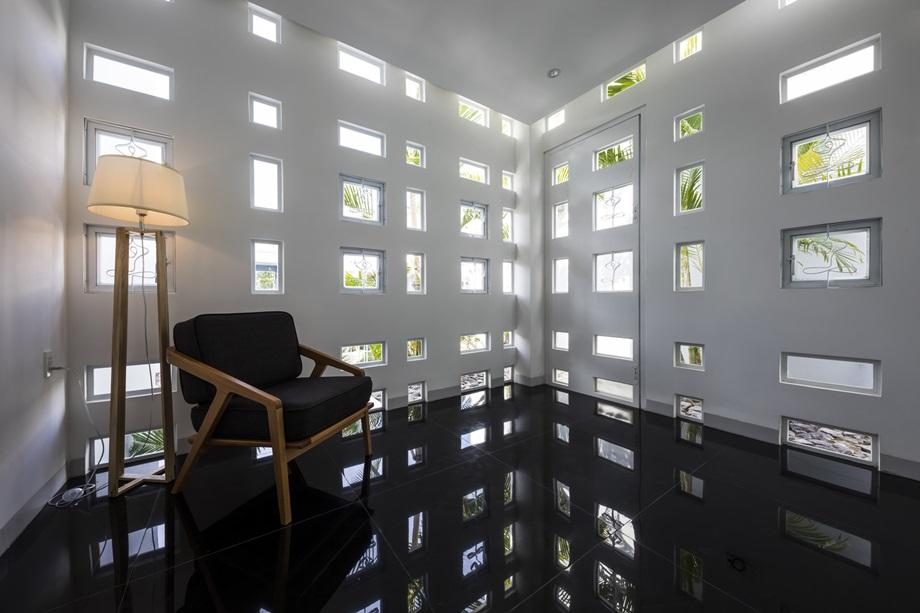 แสงและเงาตกกระทบในบ้าน