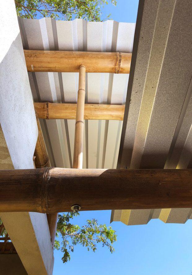 โครงหลังคาจากไม้ไผ่