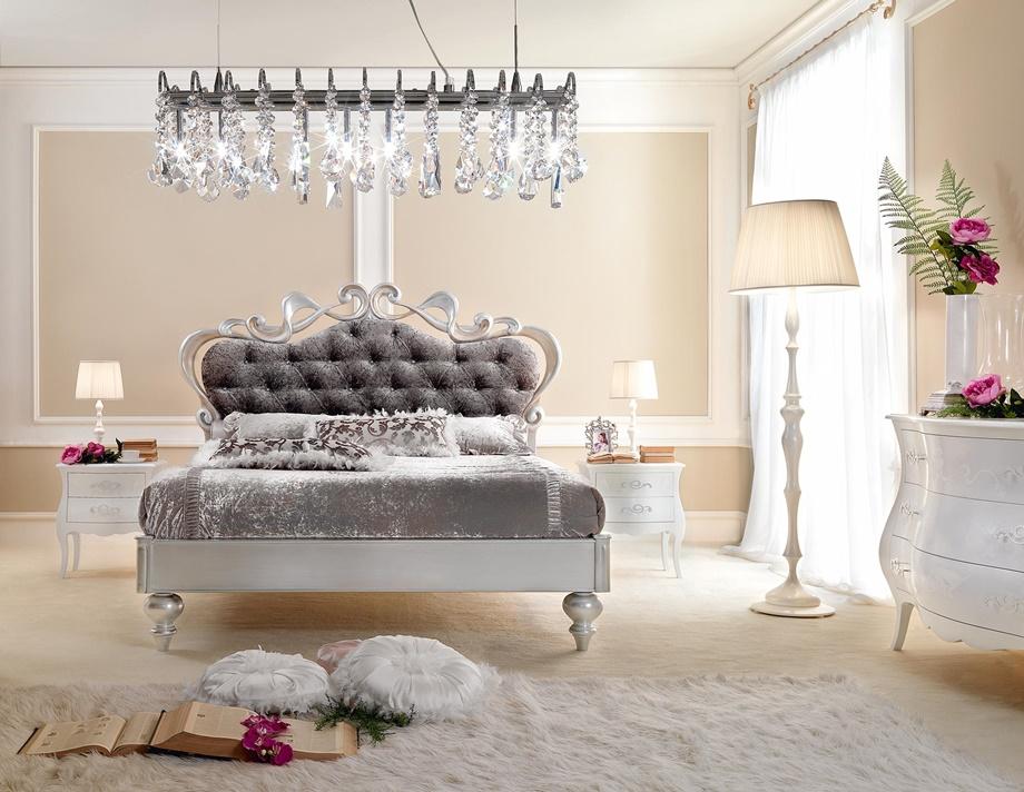 Crystal-Chandelier ในห้องนอน