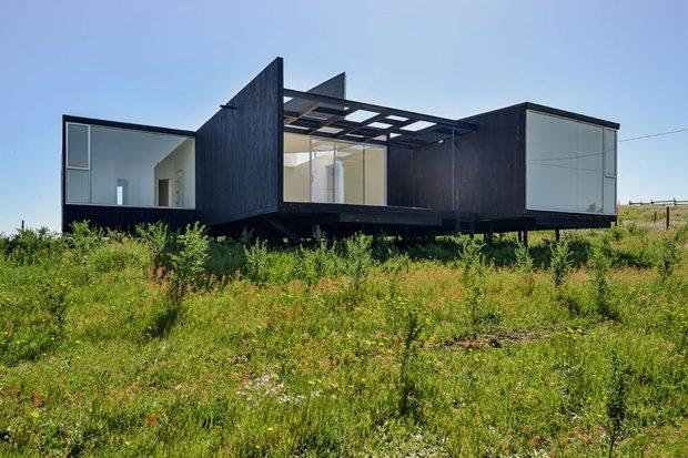 บ้านโมเดิร์นโครงสร้างเหล็ก
