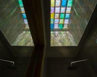 บ้านประดับกระจกสี