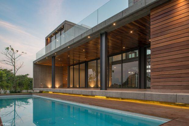 บ้านเชื่อมต่อสระว่ายน้ำ
