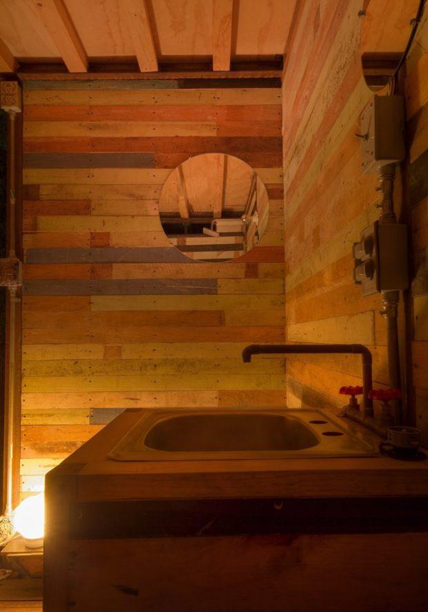 ห้องน้ำตกแต่งด้วยไม้