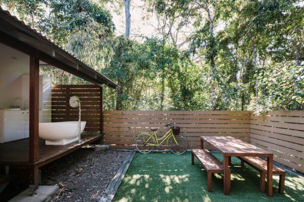 ห้องอาบน้ำ open air ยกพื้นสูง