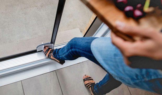 smart-slider อุปกรณ์เสริมช่วยเลื่อนประตู