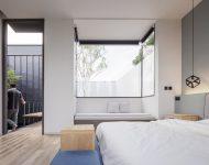 ช่องแสงขนาดใหญ่ในห้องนอน
