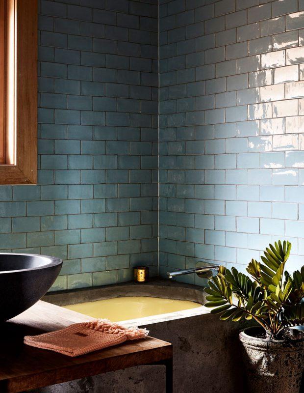 กระเบื้องตกแต่งห้องน้ำสีฟ้าอ่อน
