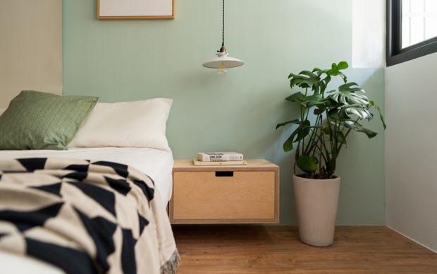 ตู้ข้างเตียงไม้อัด